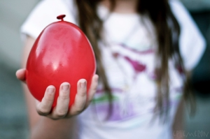 red_water_balloon
